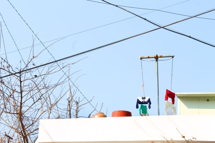 Korea rooftop clothesline closeup small