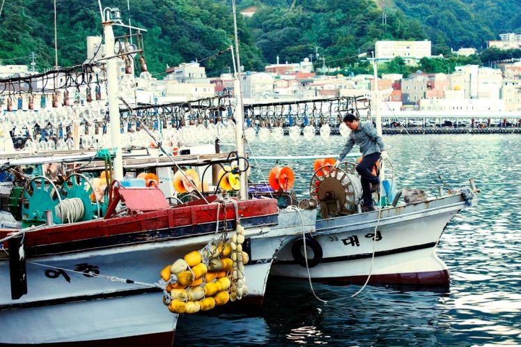 Fisherman preparing his boat.