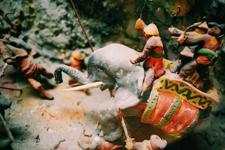 Diorama depicting a battle in which the Vietnamese rode in on elephants to fuck shit up.