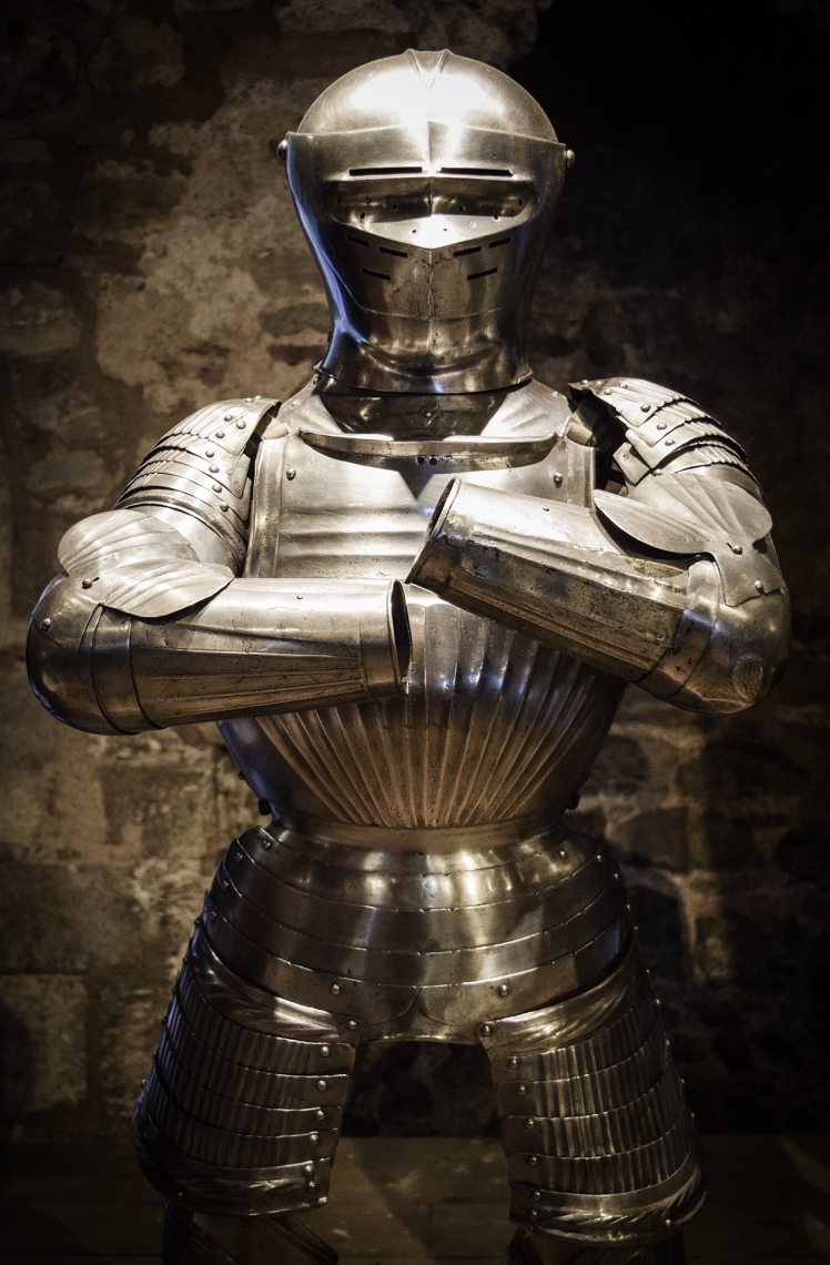 2016 London January Tower of London Suit of Armour small