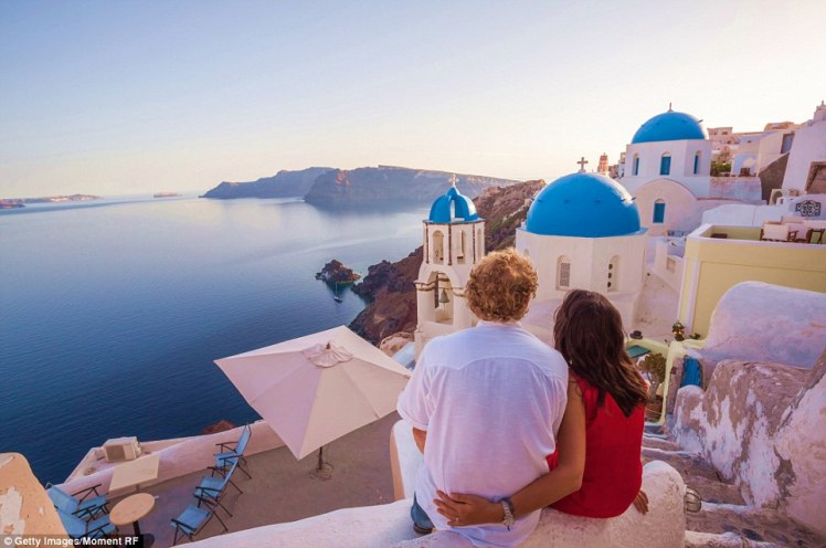 Santorini Ideal. Photo Credit: Daily Mail.
