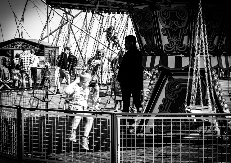2016 Hastings Pier Swings Ride small